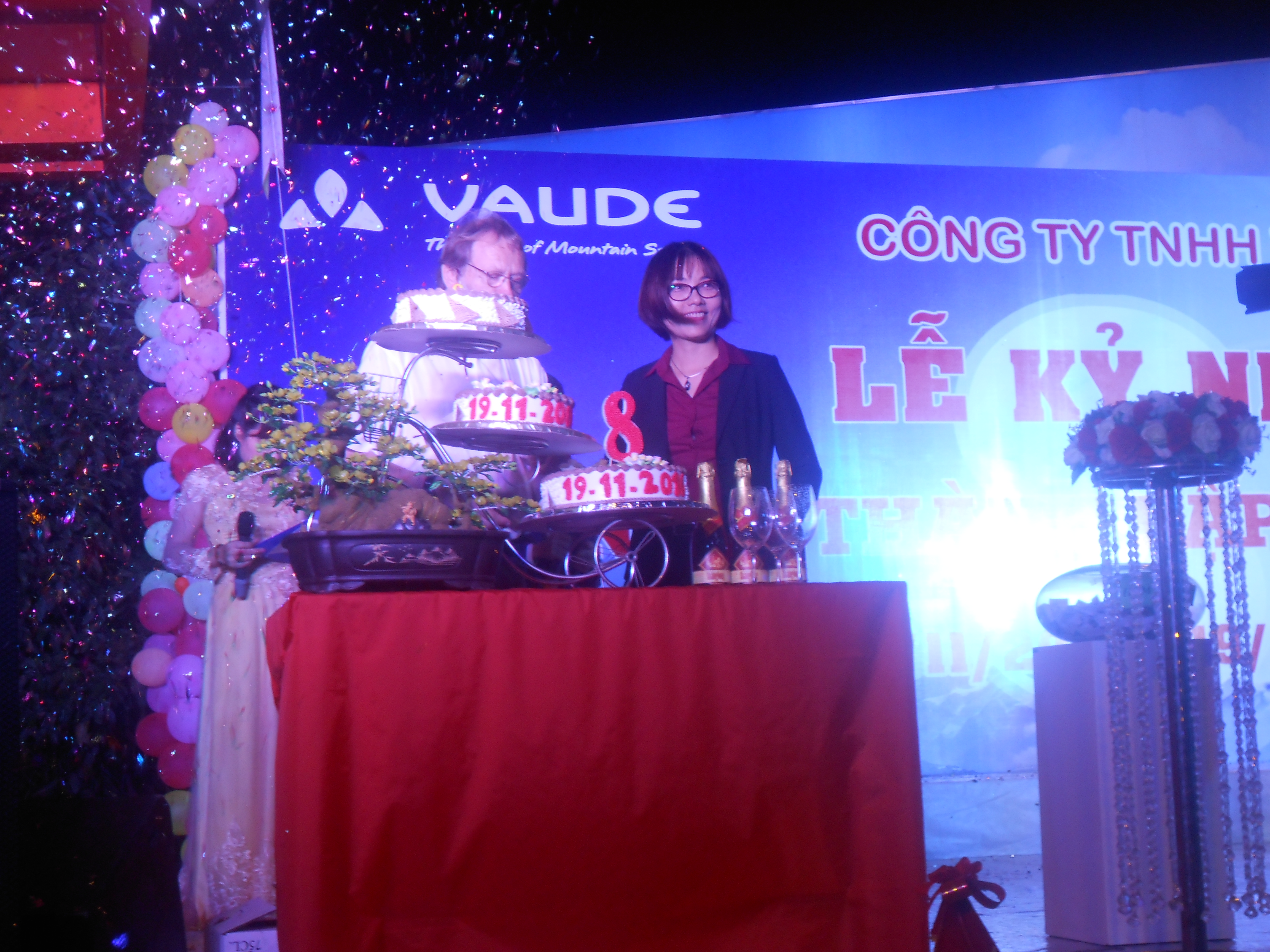 Lễ kỷ niêm 8 năm thành lập Công ty Vaude Việt Nam
